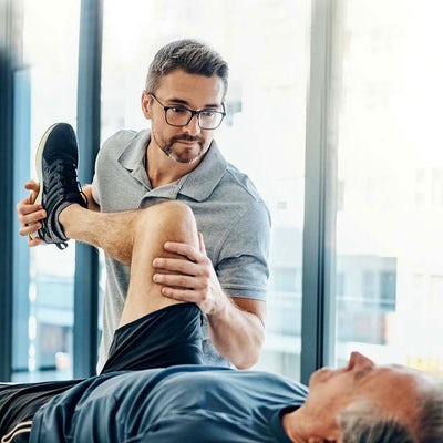 chiropractic adjustment on legs